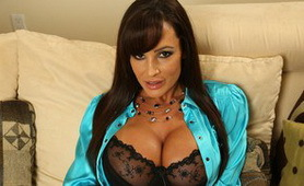 Hot Big Titted MILF on Dr Porn Tube (1/8)