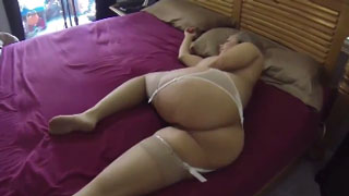 Curvy Stepmom Love's Hard Cock For Good Morning