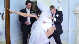 Daddy Almost Ruined Her Last Fuck Before Getting Married