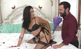 Hot Wife Gives Asshole to Her Husband Like an Anniversary Present